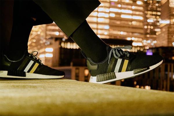 کفش آدیداس (Adidas)