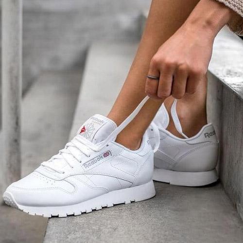 کفش کتانی سفید برند ریباک