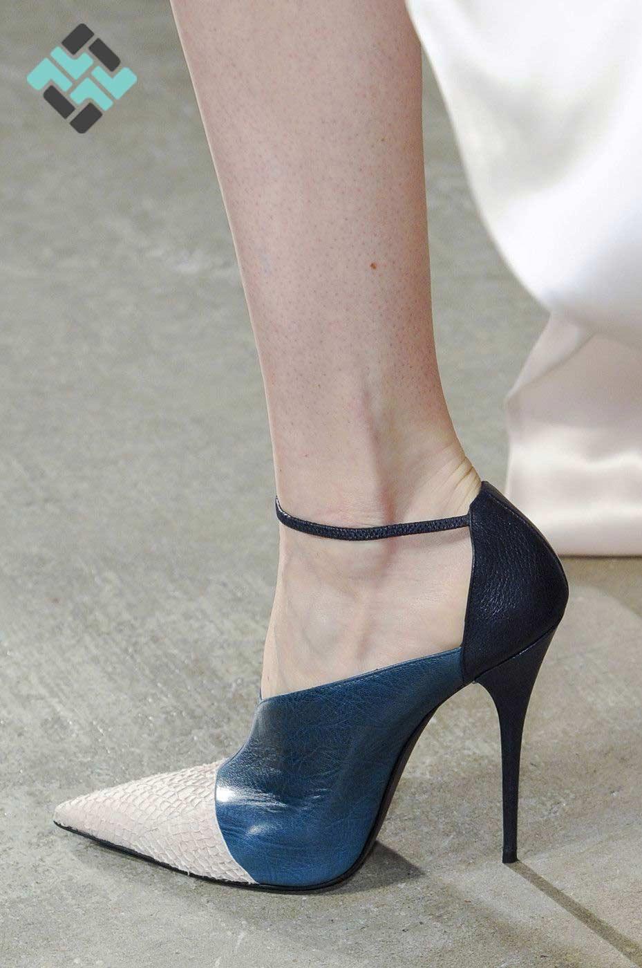 کفش پاشنه سوزنی