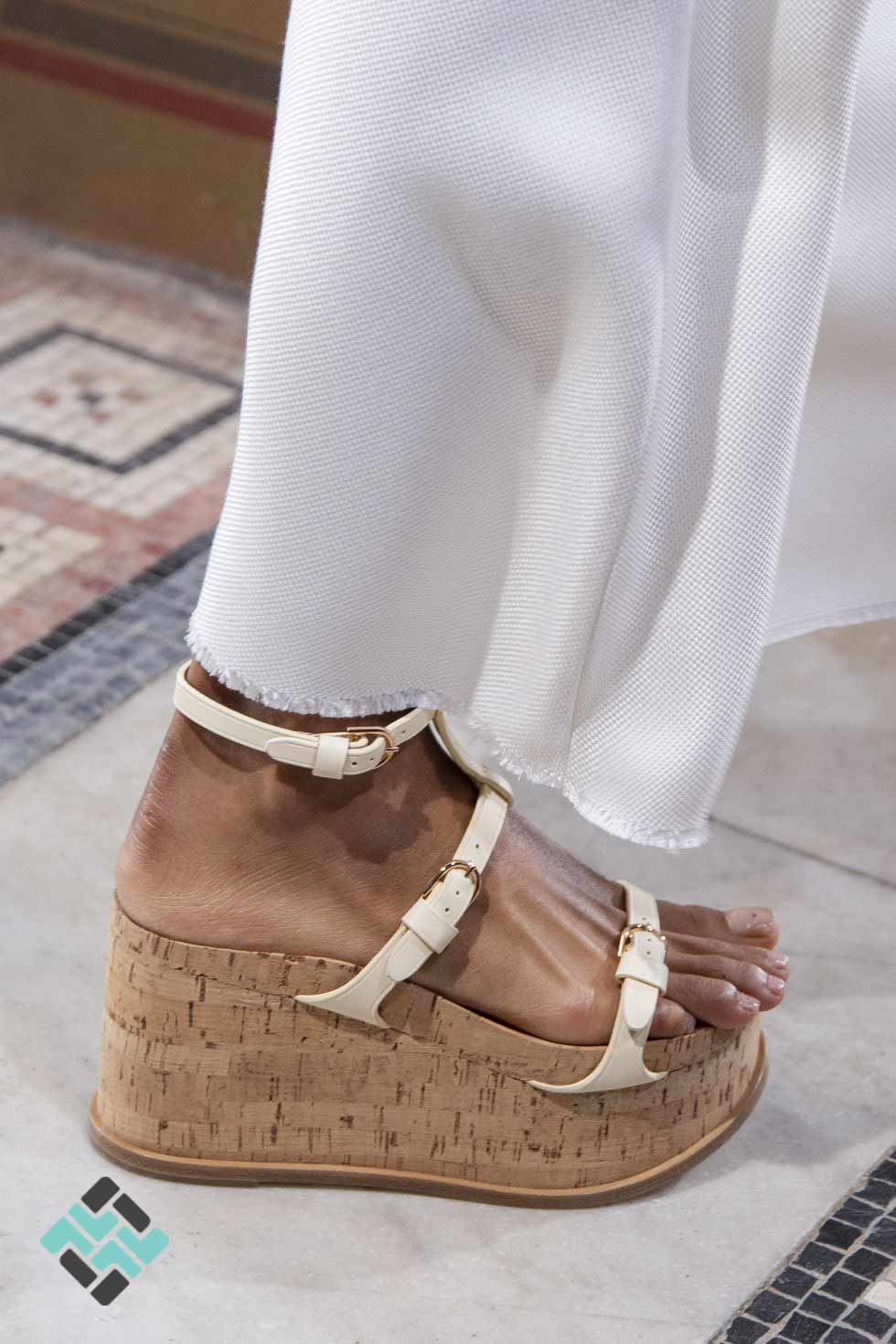 کفش لژدار