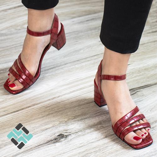 کفش قرمز آوان مد